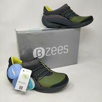 New in Box!! Women's Bzees Pisces Black Slip-on Sneaker Wide F1172F1021 18V