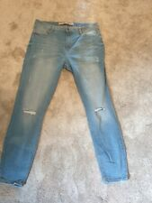 RIPPED LIGHT BLUE JEANS SIZE 16