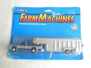 1994 Ertl Replica Farm Machines:  4WD Pickup With Livestock Trailer NIP