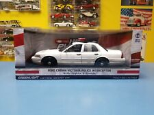 GREENLIGHT HOT PURSUIT FORD CROWN VICTORIA POLICE LIGHTS & SOUNDS LIMITED