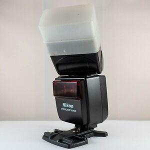 Nikon Speedlight SB-600 Shoe Mount Flash with feet and STO FEN diffuser