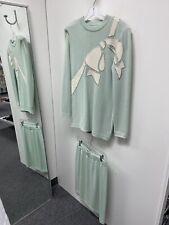 Vintage St John By Marie Gray Knit Skirt Top Set Women's Size 6 green w/ appliqu