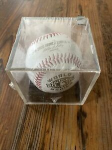 2006 MLB WORLD SERIES OFFICAL BASEBALL IN CASE, ST. LOUIS vs DETROIT TIGERS