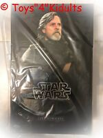 Hot Toys MMS 457 Star Wars The Last Jedi Luke Skywalker Mark Hamill (Normal Ver)
