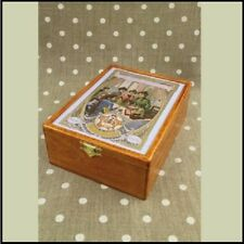 "SAJOU Wooden storage box for thread cards ""Ladies Sewing Club"""
