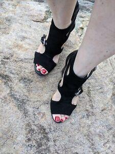 Ladies Siren Black Suede Heels Size 9