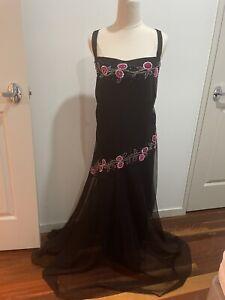 'EVE HUNTER' BLACK EVENING DRESS - RRP $300
