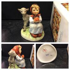 Zeitgenössische Porzellan-Figuren für Mädchen