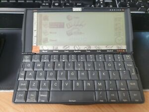 Psion Series 5 PDA 8MB with case
