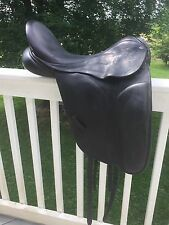"2007 17.5"" County Connection Dressage Saddle Narrow tree"
