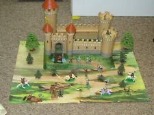 Louis Marx KNIGHTS AND CASTLES Knights, Horses, Catapult,  Accessories Rare