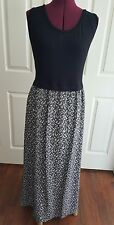 Calvin Klein women's dress.Beautiful and classy black and gray dress. SZ 2X NWT