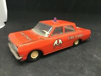 VOITURE POMPIERS EN TOLE  OLD TIN TOYS / MADE IN DDR / FIRE CHIEF CAR 15cm