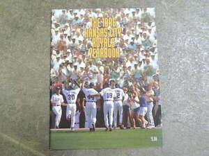 KANSAS CITY ROYALS BASEBALL YEARBOOK - 1996 - NEAR MINT