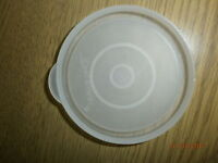 Tupperware Plastic SPARE PARTS lid  6.75cm dia approx ref no: 295-38