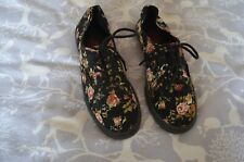VANS Black/Floral Womens lace up Skate Trainers. Size UK6.5.