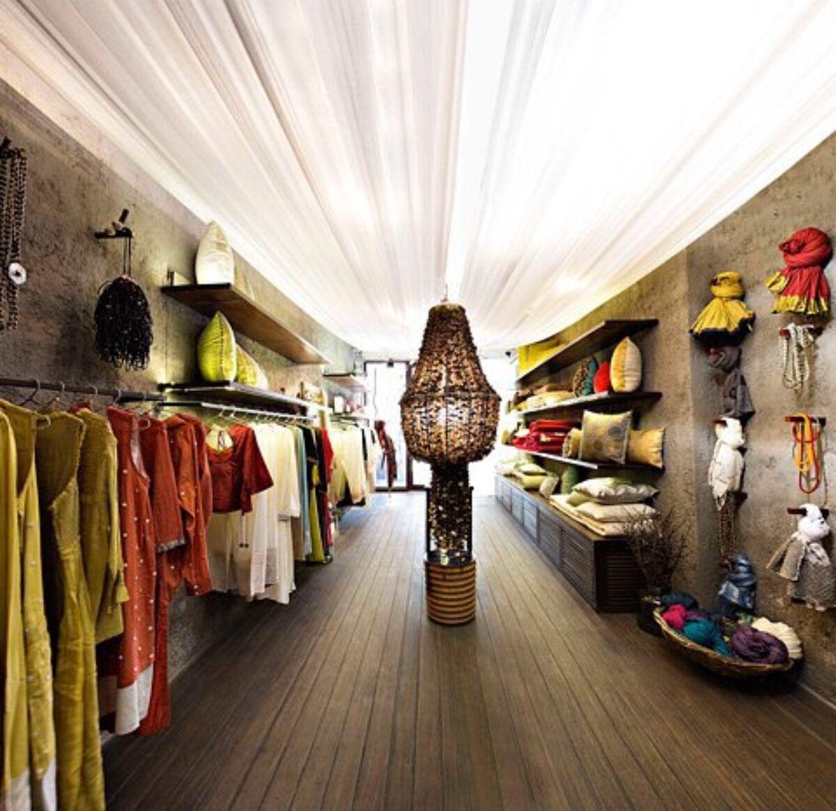 Shop with Avantica