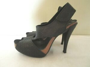 pedro garcia Pebbly Peep Toe Platform Slingbacks in Black Size 39 1/2