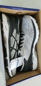ASICS MENS SHOES GEL KAYANO 24 GREY BLACK SIZE 11.5 US STD WIDTH / NEW WITH BOX