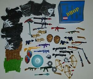 """FORTNITE JAZWARES 4"""" 1/18 PARTS WEAPONS ACCESSORIES LOT SUPPLY CRATE GUNS STANDS"""