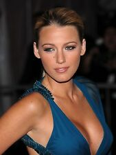 "Blake Lively in a 8"" x 10"" Glossy Photo 1427"