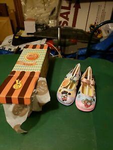 Mini Chocolaticas Hot Chocolate By Design Kinder Ramen Girls Shoes, US 10