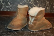 Cute! UGG brown SUEDE SHEARLING BABY INFANT BOOTS SHOES SZ BABY SMALL