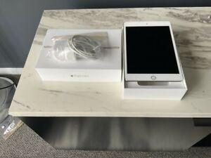Apple Ipad mini 4 gold Wifi and Cellular 64GB Tablet