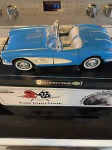 CORVETTE  BLUE CONVERTIBLE 1958 HUGE 1/12  METAL CAR GEAR BOX New ,Never Opened