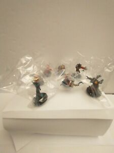 World of Warcraft Miniatures 2009 Spoils of War 18 Figures & Cards many sealed.