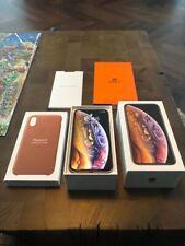 Apple MT9K2B/A iPhone XS 256GB (Unlocked) Smartphone - Gold.