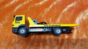 TM -  siku 2712 ADAC Abschleppwagen Mercedes Atego gelb