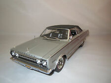 "Highway 61  Plymouth  HEMI  Belvedere ""1967""  (silber-met.) 1:18 ohne Verpackung"