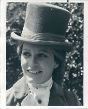 1976 Press Photo Actress Patty Duke Wearing Top Hat NBC Best Sellers 1970s TV