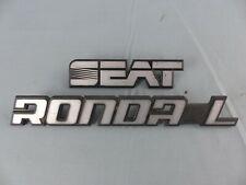 SEAT RONDA L ancien sigle monogramme insigne logo emblème badge coffre plastique