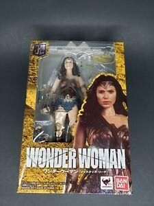 Bandai S.H. Figuarts Wonder Woman Justice League