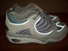 Heelys Pink Gray Blue Slick Style 9022 Youth Size 7