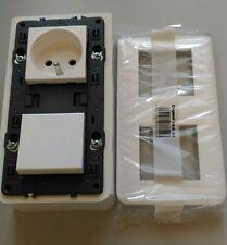 NEUF Prise simple mosaic 2X2P+T 16A + interrupteur + boite saillie Legrand