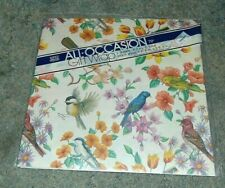 Tuttle Press Gift Wrap Birds Blooms