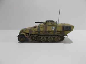 1:72 WW2 BUILT & PAINTED GERMAN SDKFZ 251/23 AUSF D