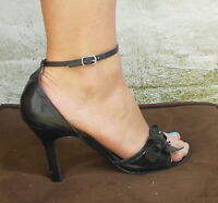 Nine West Women's Leather Flower High Heeled Open Toe Sandal Black Size 8 M