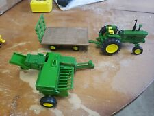 1/32 John Deere 4020 Haying Set with Tractor, Baler and Wagon by Ertl 46667