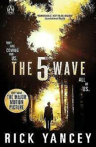 THE 5TH WAVE BY RICK YANCEY (2014) PAPERBACK BOOK - SCI-FI, THRILLER, ACTION