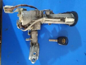 Toyota Land Cruiser 100 Series LX470 Complet Ignition Barrel With Key