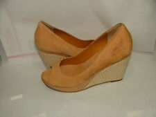 NEW WOB COLE HAAN NIKE AIR WEDGES HEELS SIZE 8 1/2 B TAN SUEDE LEATHER  #024