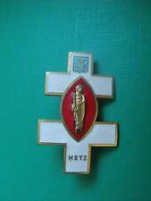N°48 insigne religieux médaille religieuse diocèse Metz Notre Dame de Lourdes