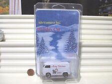 Matchbox 2000 ADVENTURES INC. MERRY CHRISTMAS VW VOLKSWAGEN Van New in Mint Box