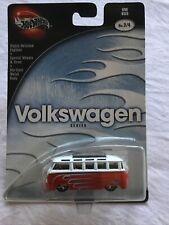 Hotwheels Hot Wheels Volkswagen Series 2002 Split window Vw Bus Red 2/4