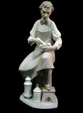 New listing Lladro Pharmacist Figurine, Mint *Rare*$1200