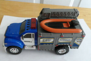 Battery Operated Tonka ESU Rescue Toy Truck sirens non-detachable raft & wench